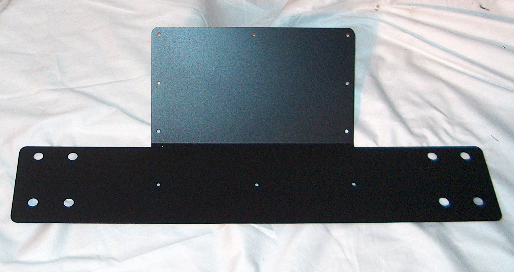 SVT 810E KICK PLATE BLACK