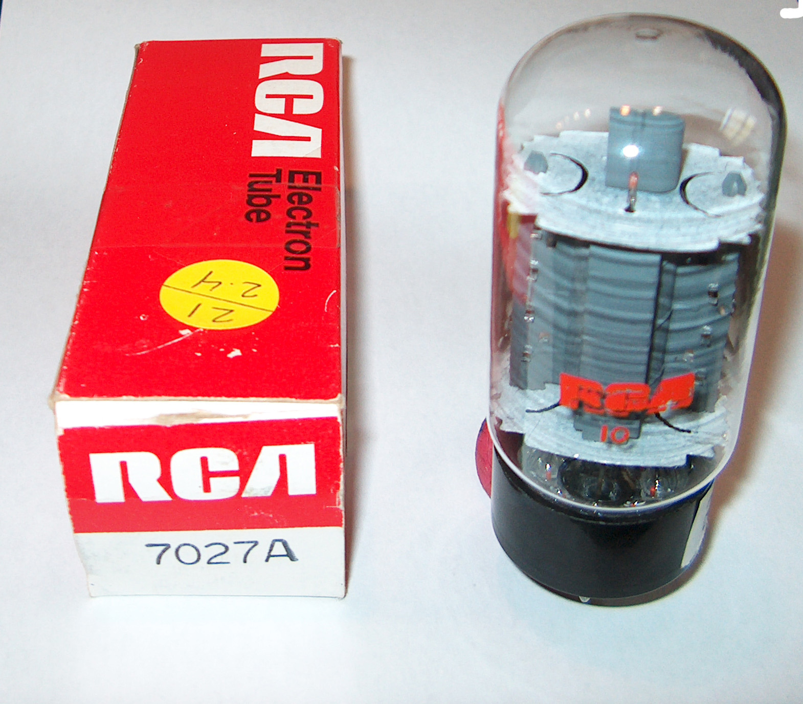7027A RCA NOS USA SHORT BOTTLE